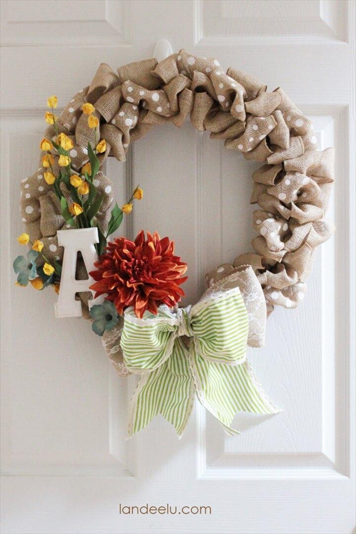 Quick and Fun Fall Burlap Polka Dot Wreath DIY