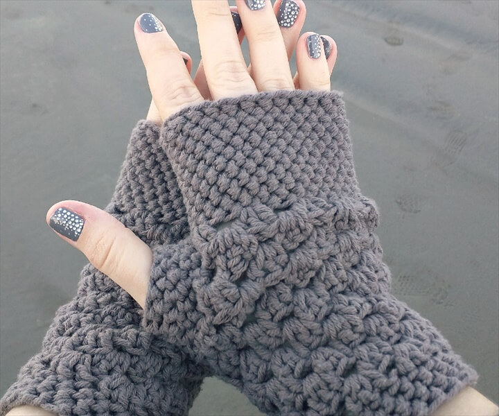 Free Crochet Pattern For Chunky Mittens : 20 Easy Crochet Fingerless Gloves Pattern DIY to Make