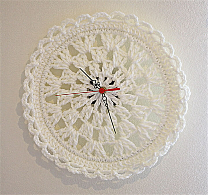 Crochet Wall Clock cream