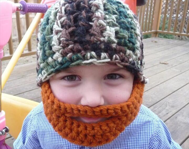 crochet baby hat with beard