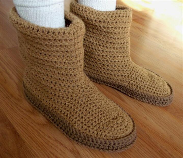 30 Easy Fast Crochet Slippers Pattern