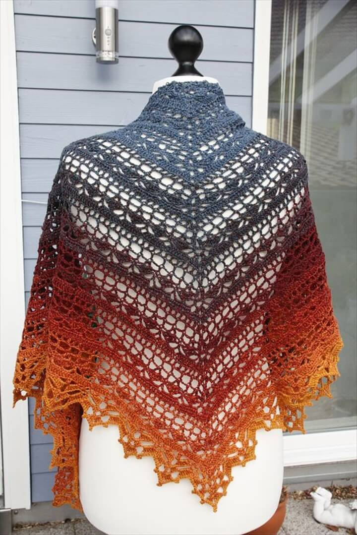 25 DIY Crochet Shawl Patterns | DIY to Make