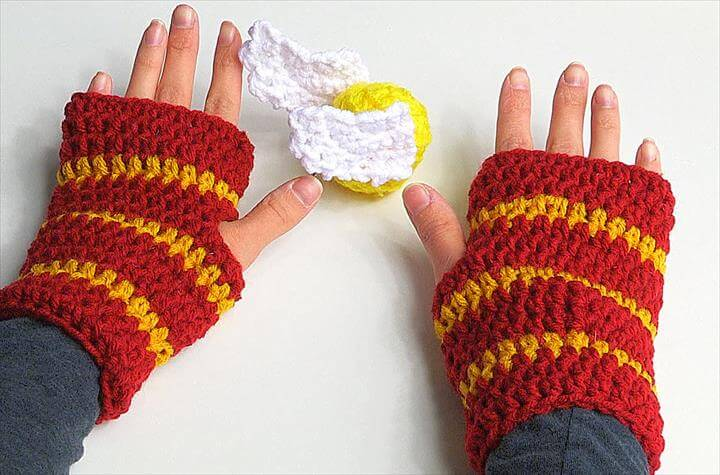 Crochet Fingerless Gloves Harry Potter style