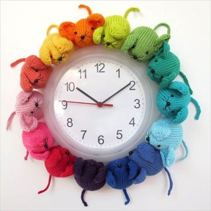 crochet cute mice clock
