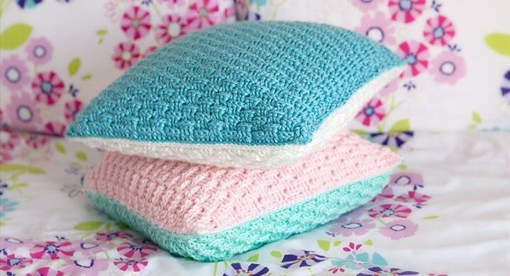 Crochet a Kitty-Cat Granny Square Pillow … So Many Cats … All The ... | 390x719