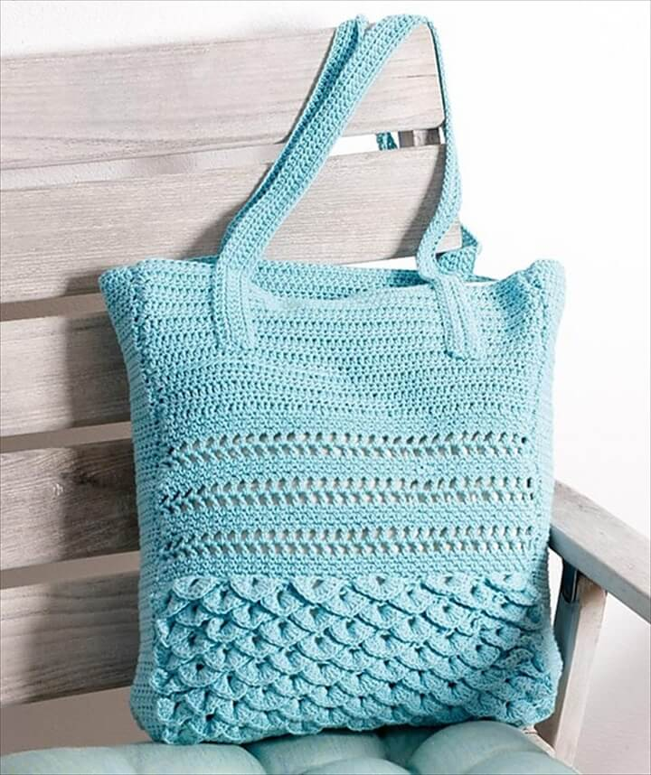 Crochet Ruffled Bag