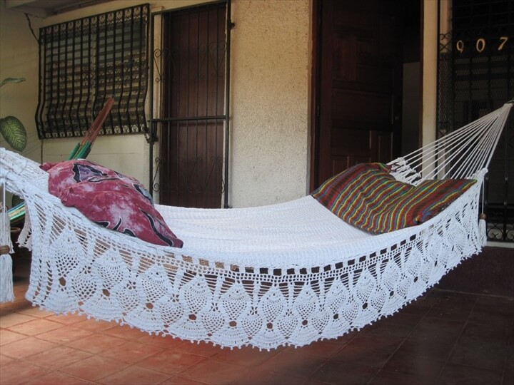 diy crocheted hammock 15 crochet hammock free patterns   diy to make  rh   diytomake