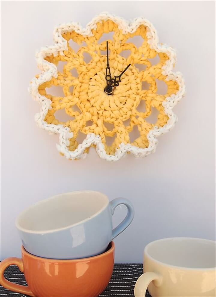 Cute kitchen flowery crocheted wall clock: