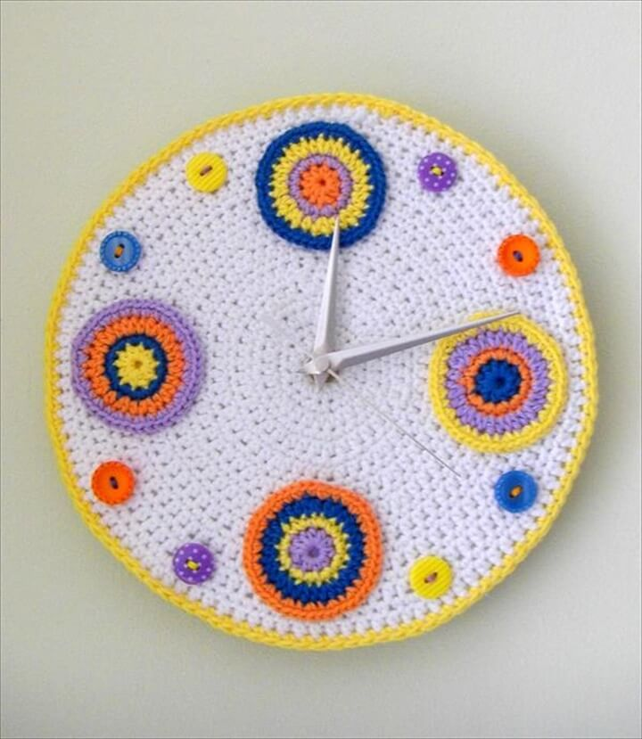 Beautiful Crochet Clock Pattern for Wall ...