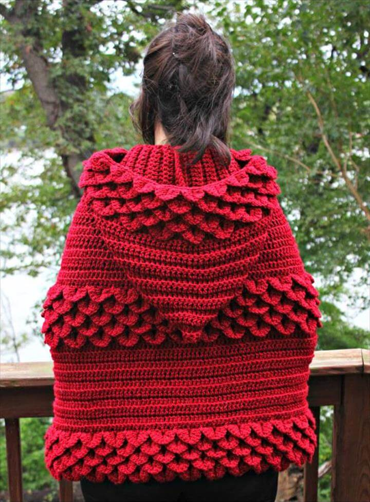 chice medium sized crochet hooded cape