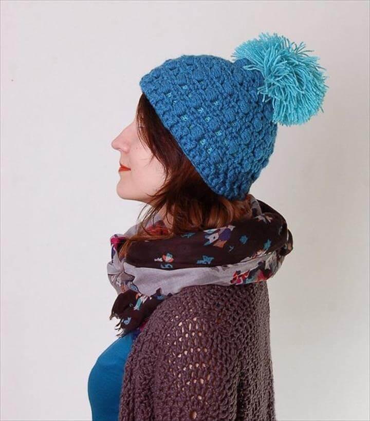 free women crochet pom pom hat pattern