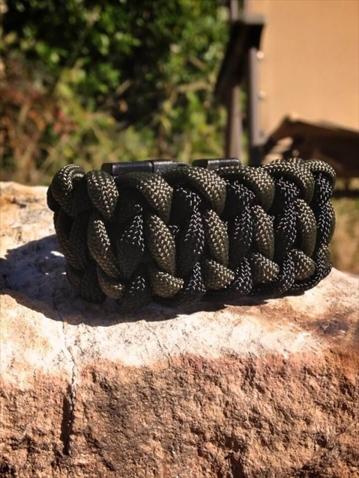 Tire Tread Paracord Survival Bracelet