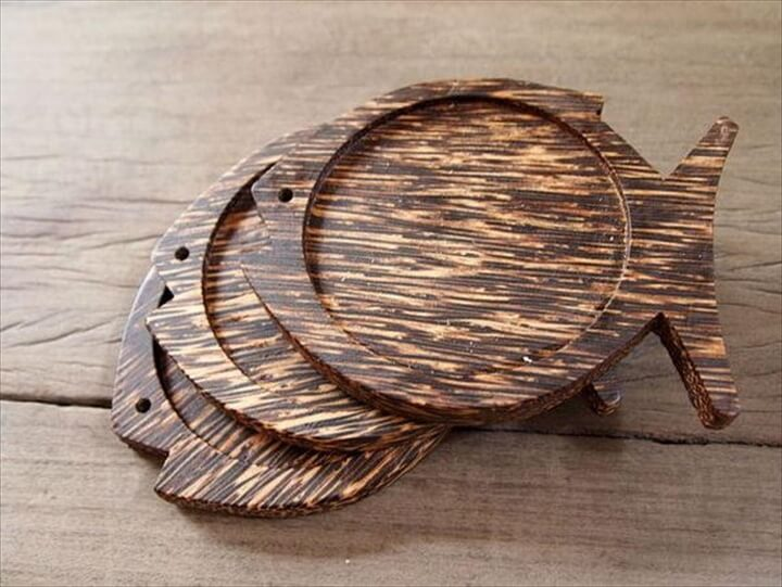 Fish Shape Palm Wood Coaster