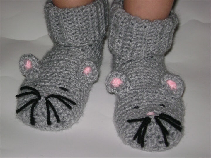 Grey crochet little mouse slippers.