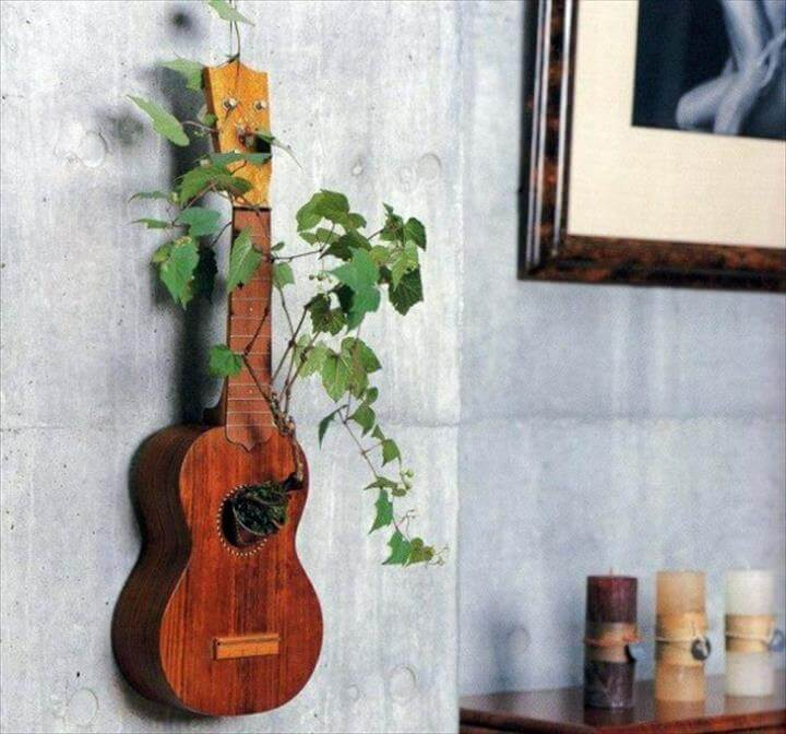 flowerpot-shaped guitar DIY decoration ideas from old materials