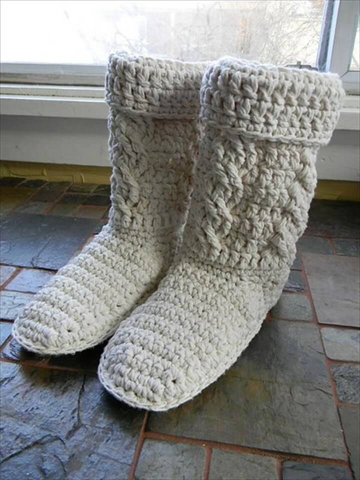 White Yarn Crocheted Boots Pattern