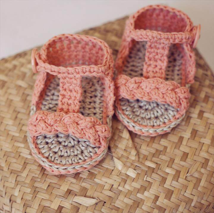 36 Gorgeous Crochet Baby Gladiator Sandals | DIY to Make