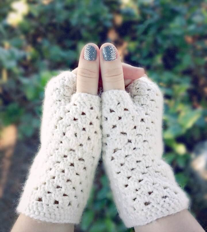 crochet wrist warmers pattern