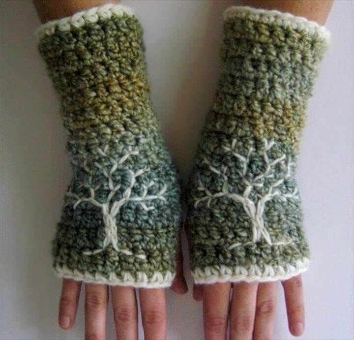 Arm Warmers with Tree Design Green Blue Cream