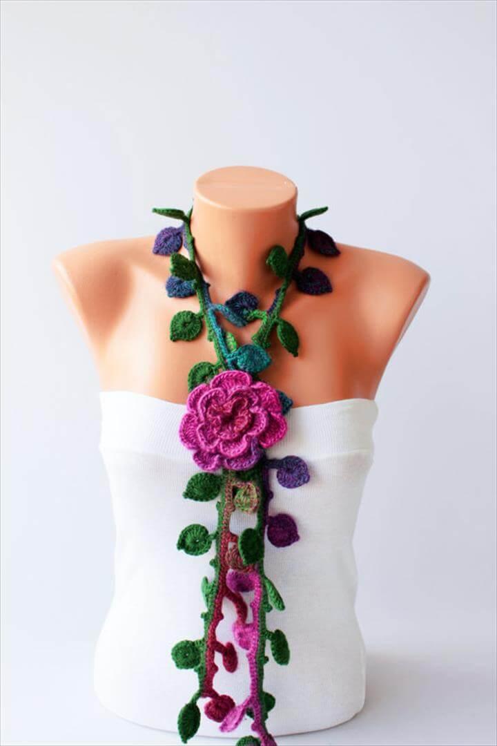 stylish crochet necklace