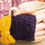 Crochet bow gloves
