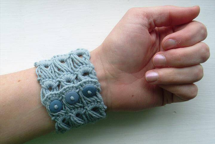 broomstick lace crochet stitch to create a bracelet.