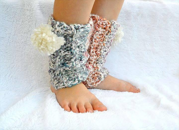 crochet pom pom leg warmer
