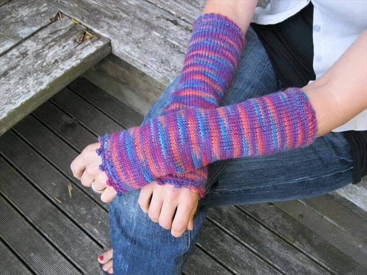 colorful crochet armwarmer