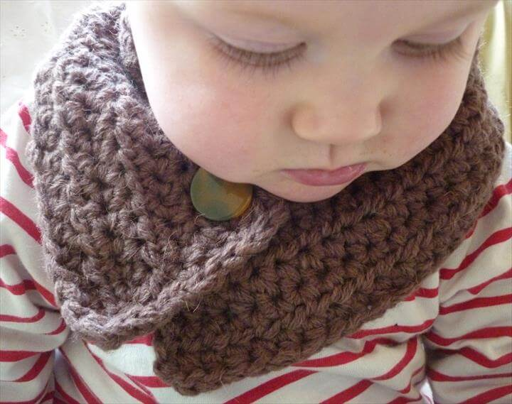 Crochet Button Cowl, Neckwarmer, Scarf For Babies and Toddlers
