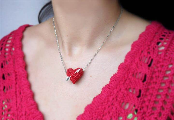 crochet heart and arrow necklace