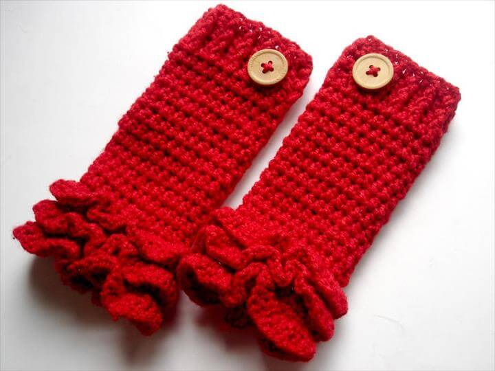 crochet leg warmer with button