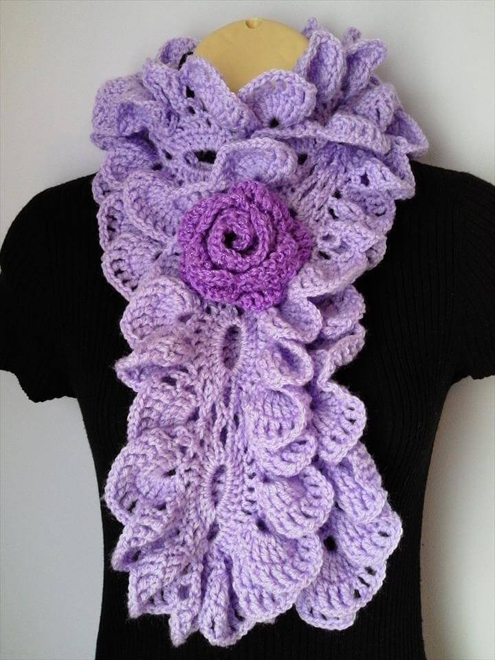 Crochet Scarf with Flower Brooch / Neckwarmer / Ruffle Scarf