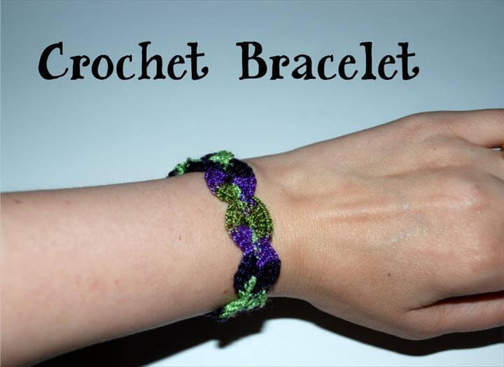 Crochet a Shell Bracelet Tutorial