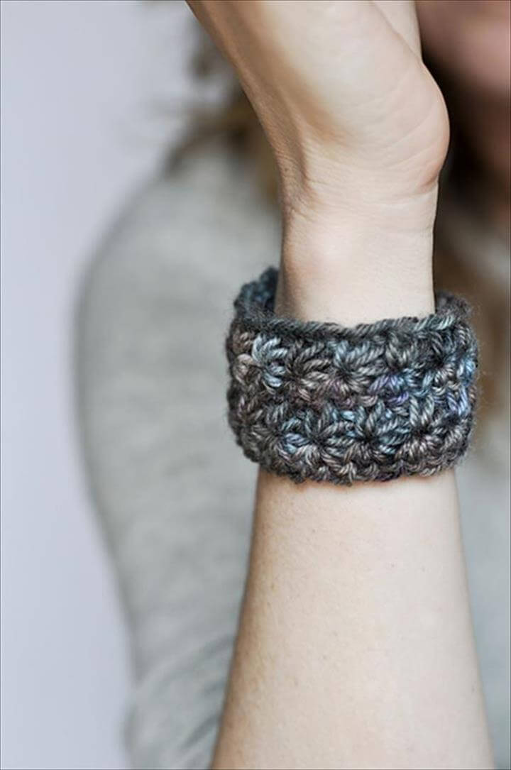 Crochet Star Bracelet Pattern: