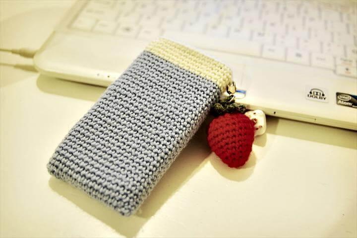 35 Adorable Crochet Mobile Phone Covers Diy To Make