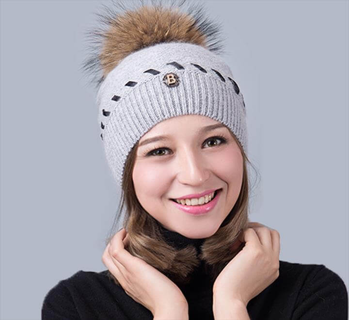 Hat Big Raccoon Pom Pom Hat Cashmere Wool Fox Pom bobble hat crochet hat