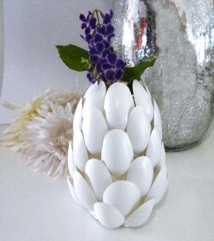DIY Recycled Plastic Spoons Protea Vases
