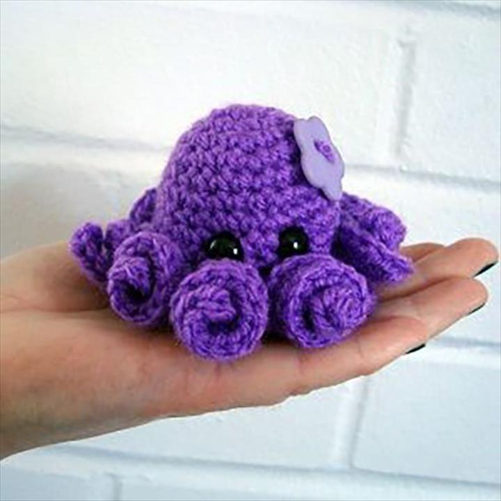 Easy Crochet Mini Octopus