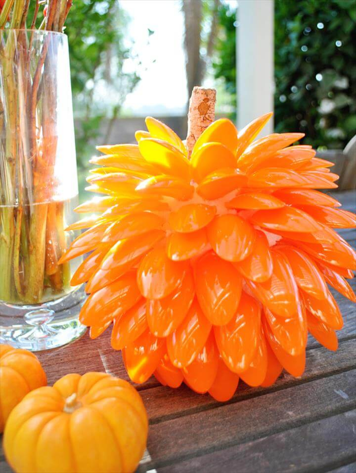 Fall Pumpkin,Some of these projects are extraordinary and sensational. Ideas like plastic spoon chrysanthemum mirrors, clocks, vase, wreaths, flowers and holiday decor like Christmas trees are very popular. Let's have a look at all these stunning ideas.