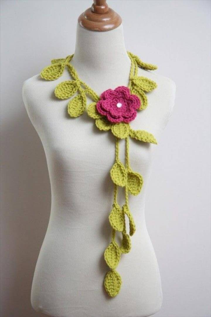 nice crochet necklace