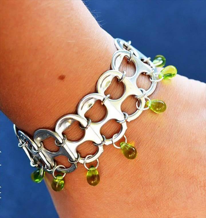 Pop Tab Bracelet,Cool DIY Ideas for Fun and Easy Crafts - DIY Soda Pop Tab Bracelet- Fun