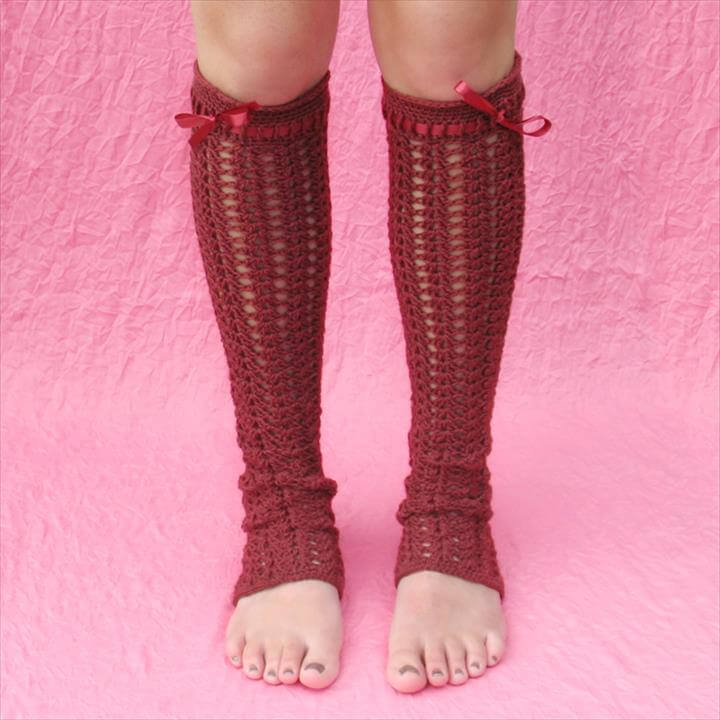 beautiful crochet leg warmer
