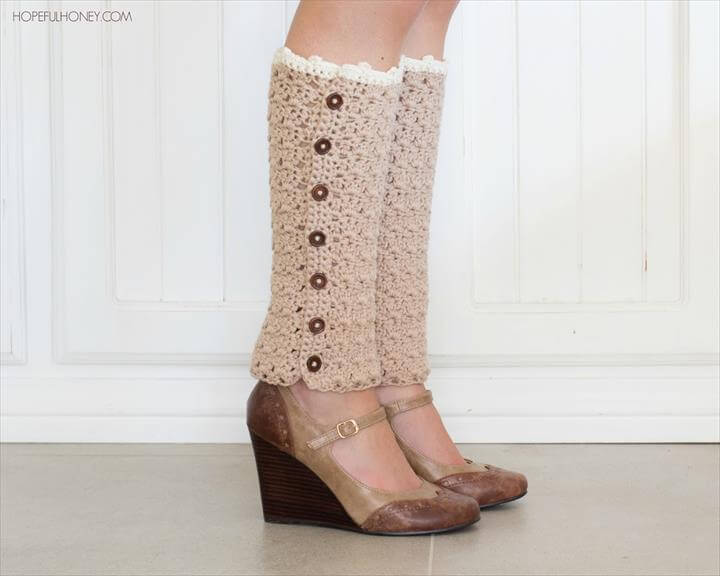 crochet leg warmer with side button