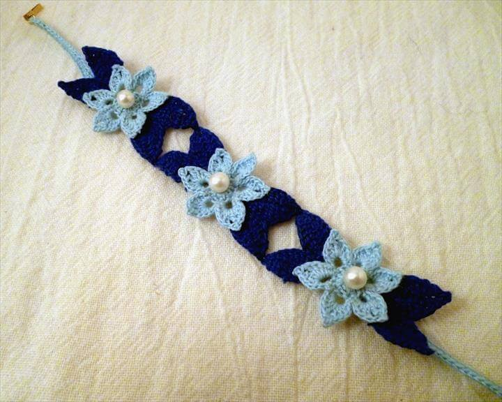 Water Lily Lace Bracelet Pattern