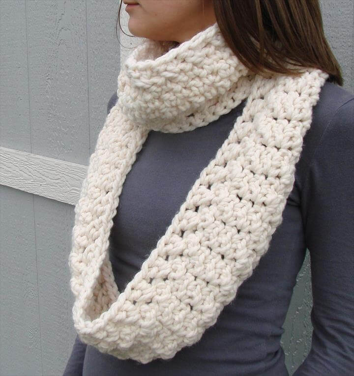 Infinity Scarf Crochet Thick Womens Cowl Neck warmer Long Custom Cowl Neck Scarves Crochet