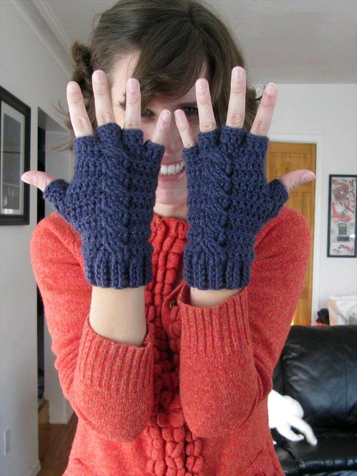 Gloves, Mittens and Free Crochet