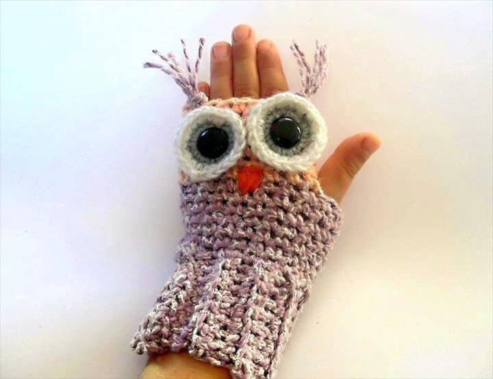 Owl Fingerless Gloves Crochet Pattern
