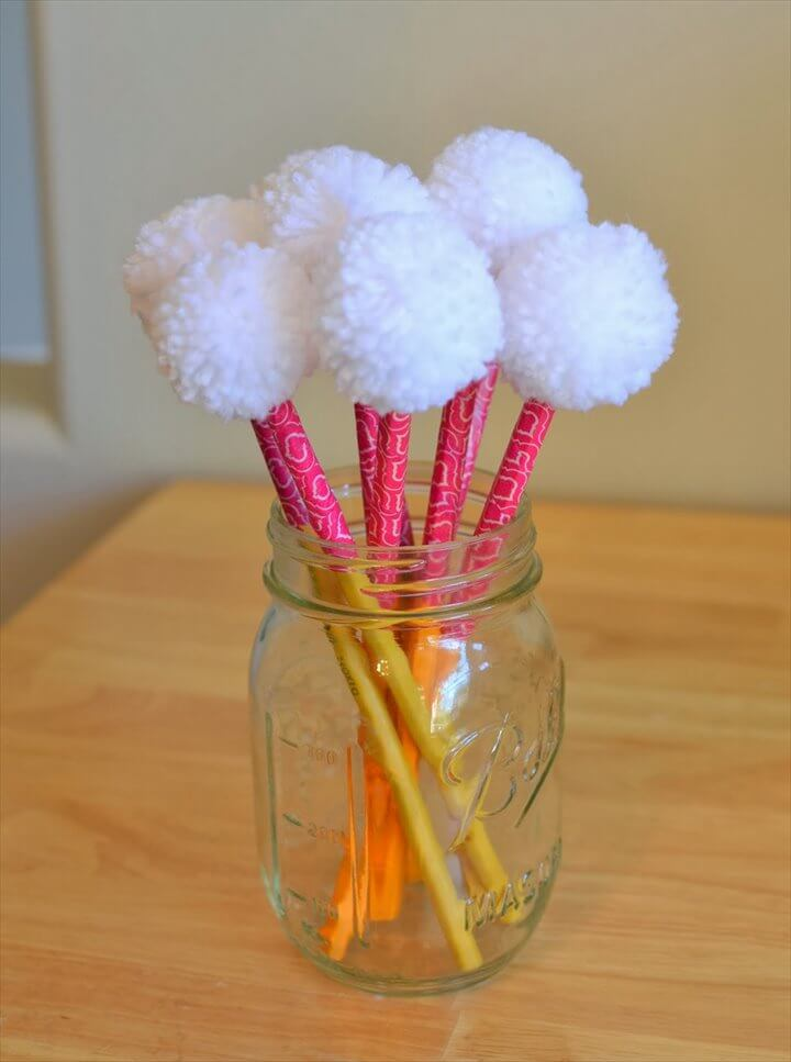 56 Easy To Make Craft Ideas With Pom Pom Diy To Make
