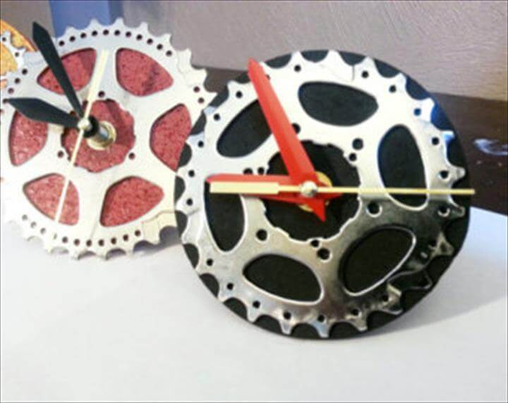 Bike Gear Desk Wall Clock
