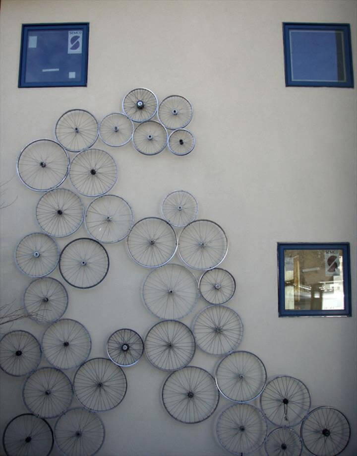 bike wheel room decor